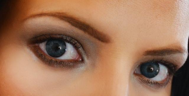 صوره كيف تعرف ان شخص يحبك من عيونه , كيف تعرف من يحبك من عيونه
