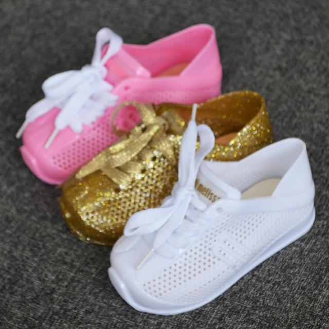 بالصور احذية اطفال بنات , اجمل الاحذيه للبنات بالصور للاطفال 2510 6