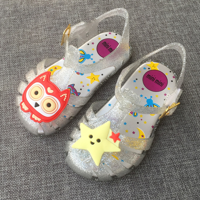 بالصور احذية اطفال بنات , اجمل الاحذيه للبنات بالصور للاطفال 2510 7