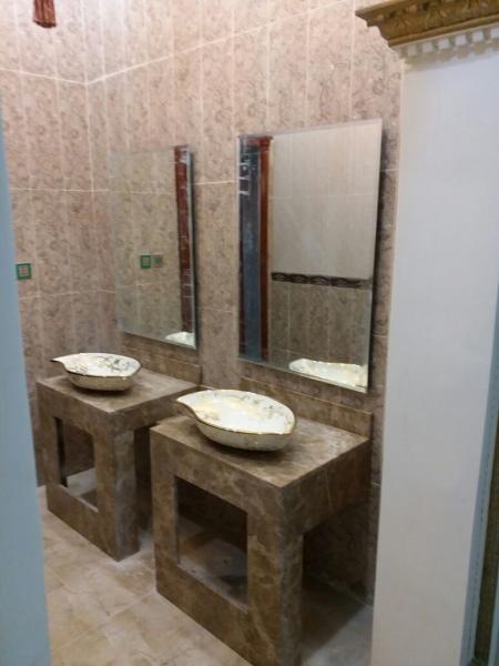 بالصور اشكال مغاسل رخام طبيعي , احواض حمام رخامى شيك جدا 2859 4