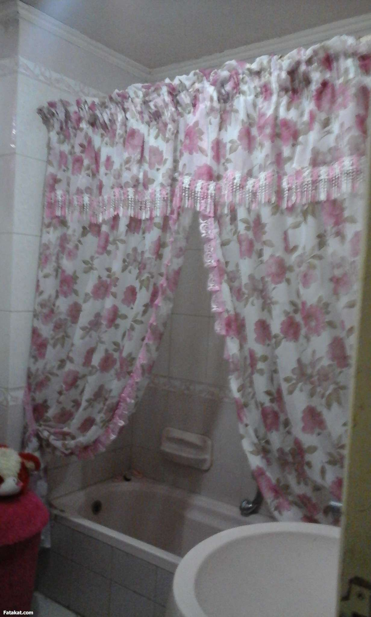 بالصور ستائر حمامات , ستائر بالوان زاهية 1567 4