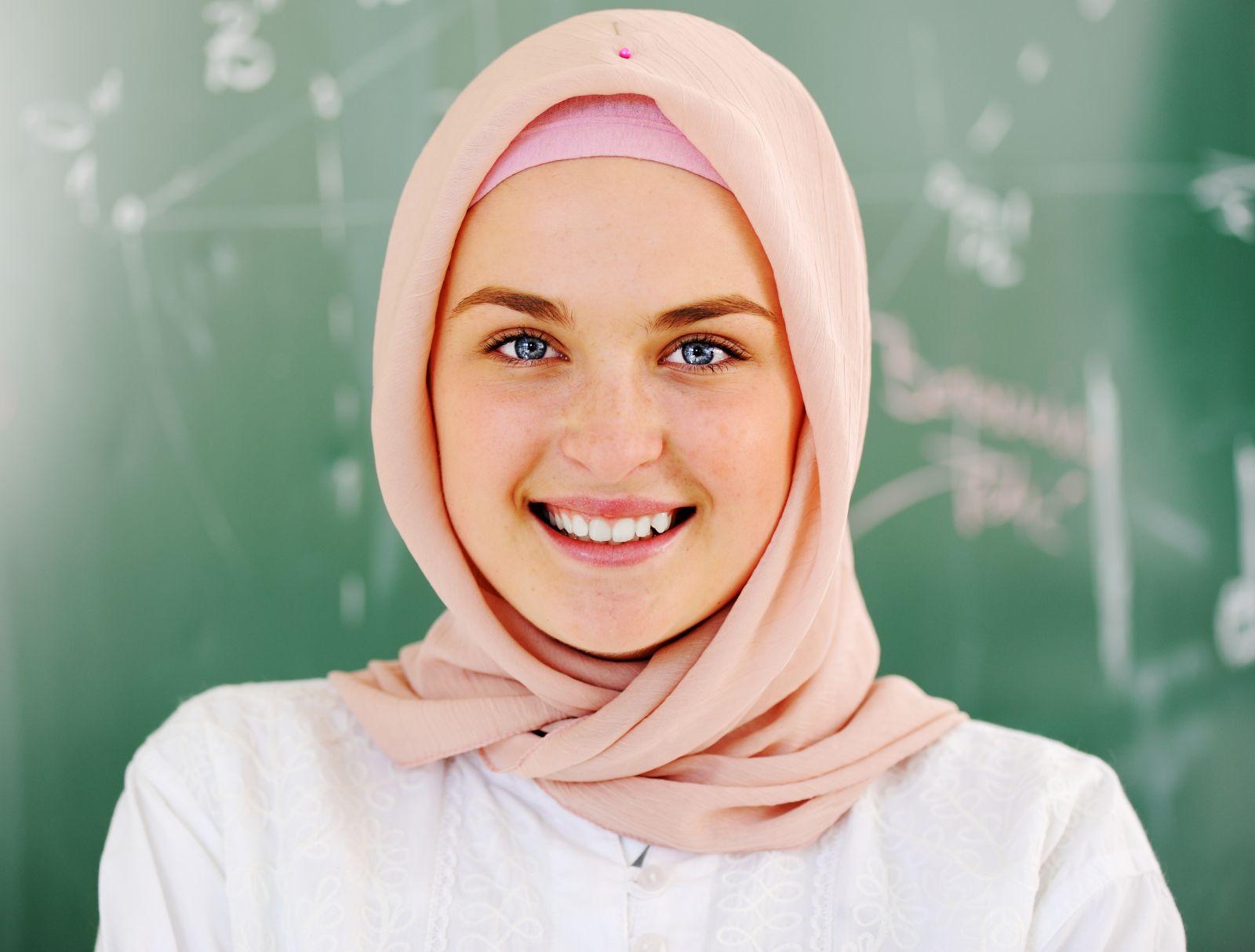 بالصور اجمل بنات محجبات بدون مكياج , صورة حلوة للحجاب 1829 4