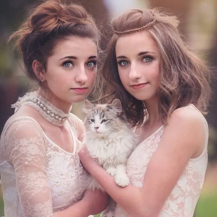 صور بنات مع بنات , فتيات مع فتيات بالصور