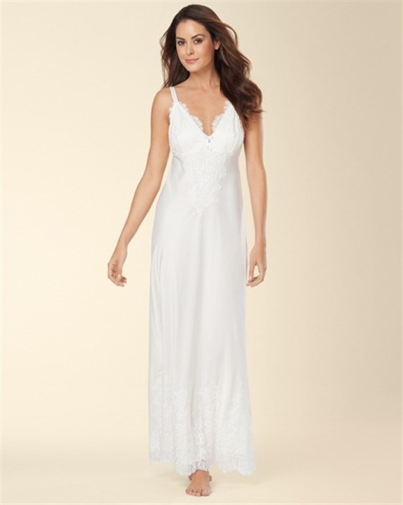صورة ملابس نوم للعروس , اشيك ملابس العروسه