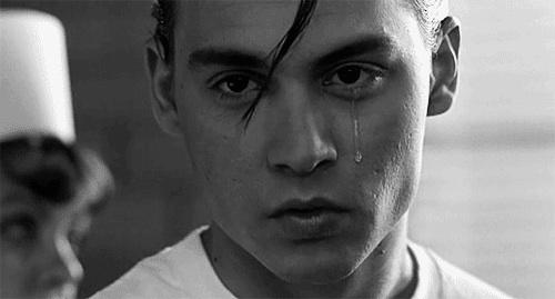 بالصور صور شخص حزين , صور معبرة جدا عن حالة الحزن 3228 6