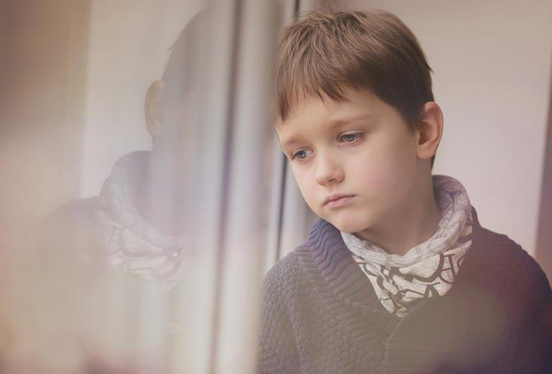 بالصور صور شخص حزين , صور معبرة جدا عن حالة الحزن 3228 8