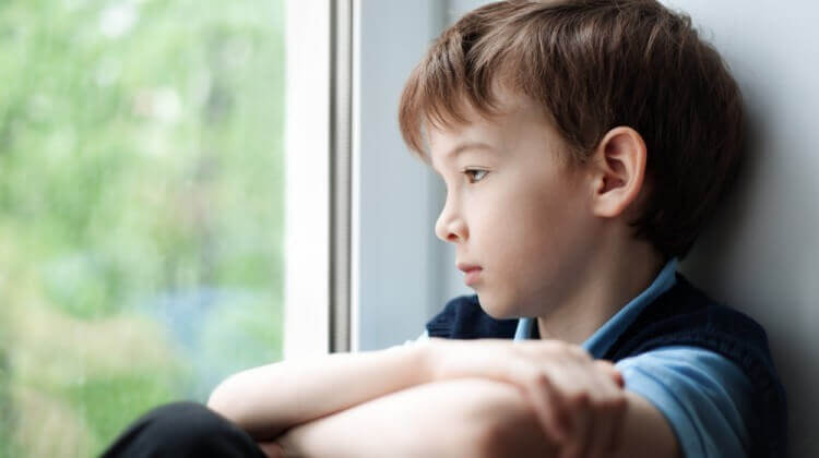 صور صور شخص حزين , صور معبرة جدا عن حالة الحزن