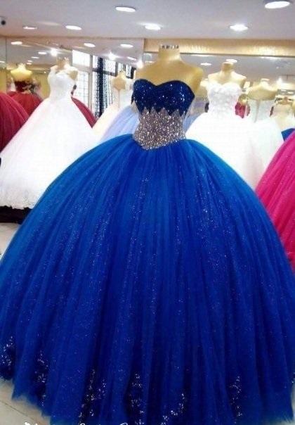 بالصور فساتين ملكه , صور رائعه عن اجمل فستان 1959 6