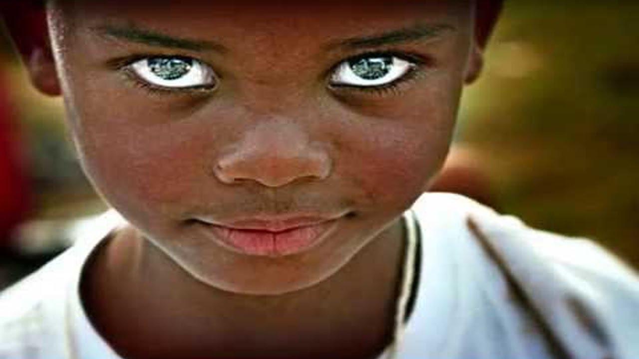صورة اجمل عيون في العالم , لا تستطيع ان تقاوم جمل تلك العيون الجريئة 1334 6