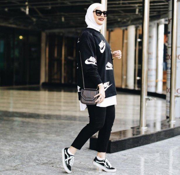 صور ملابس رياضية للمحجبات , ازياء لممارسة الرياضات للنساء المحجبة