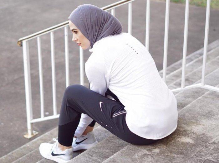بالصور ملابس رياضية للمحجبات , ازياء لممارسة الرياضات للنساء المحجبة 1423 8