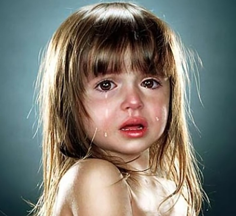 بالصور طفلة تبكي , دموع غاليه على القلب 1768 2