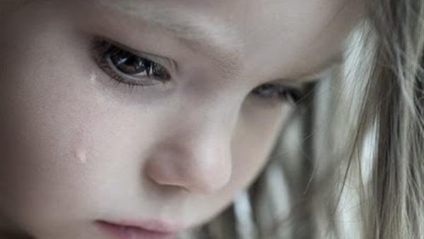 بالصور طفلة تبكي , دموع غاليه على القلب 1768 5