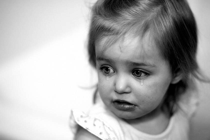 بالصور طفلة تبكي , دموع غاليه على القلب 1768 8