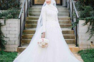 صورة فساتين اعراس للمحجبات , اجمل فستان فرح لاحلى عروسة محجبة
