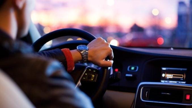 صورة تفسير الحلم ركوب السيارة , ما هو تفسير حلم ركوب السيارة
