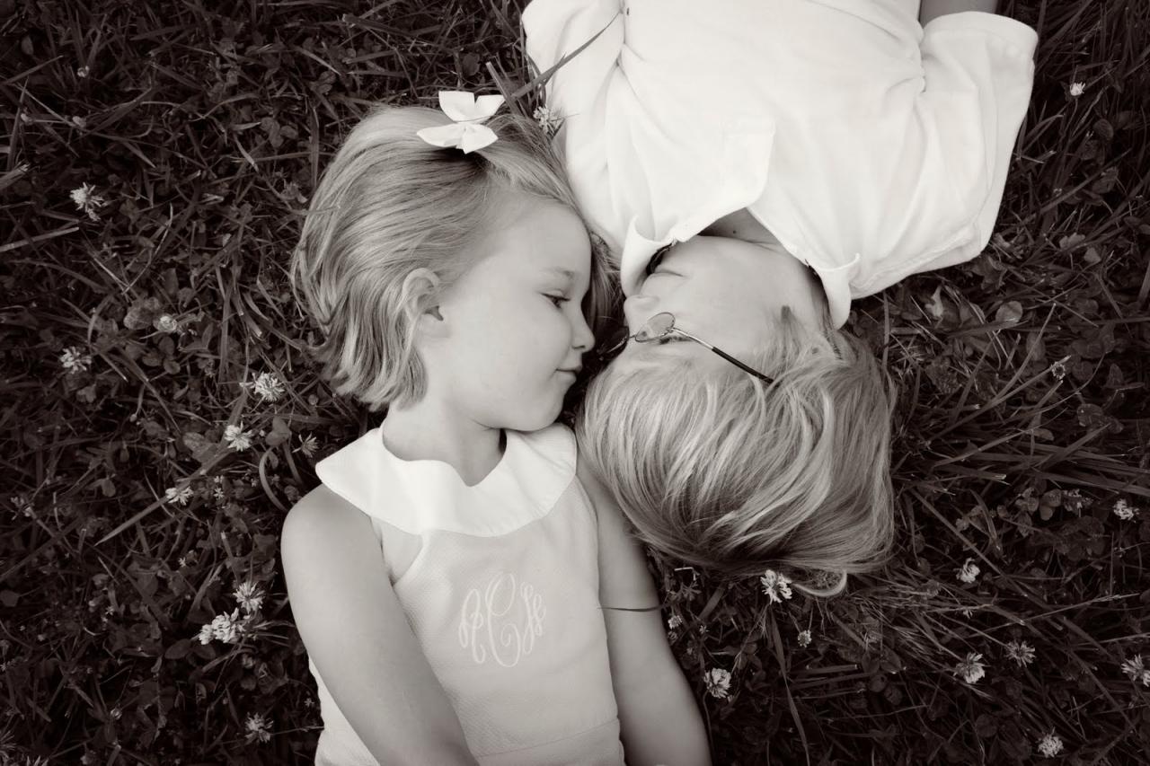 صورة صور حب للاطفال , صور حب للاطفال كيف ننمي ونوجه مشاعر الحب بداخلهم 9149 4