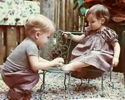 صورة صور حب للاطفال , صور حب للاطفال كيف ننمي ونوجه مشاعر الحب بداخلهم 9149 6