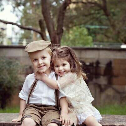 صورة صور حب للاطفال , صور حب للاطفال كيف ننمي ونوجه مشاعر الحب بداخلهم 9149 7