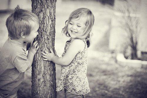 صورة صور حب للاطفال , صور حب للاطفال كيف ننمي ونوجه مشاعر الحب بداخلهم 9149