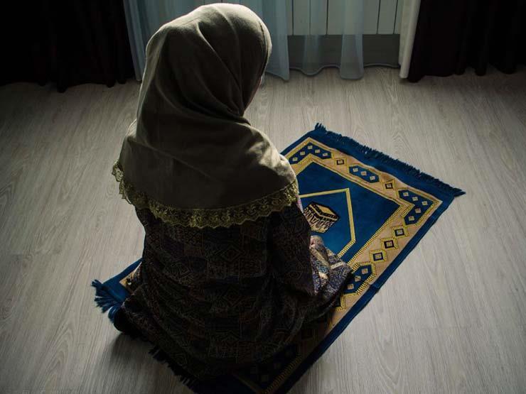 صورة صور امراة تصلي , اجمل الصور لامراة وهي تصلي في خشوع
