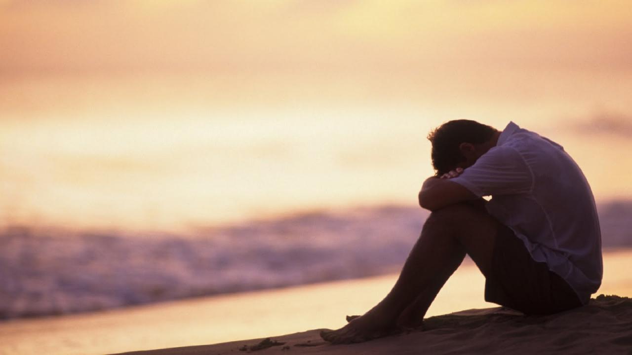 صور صور شاب حزين , صور شباب مكتئب