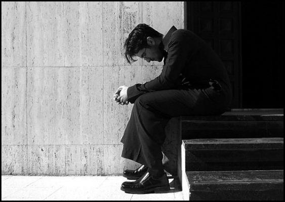 صورة صور رجال حزينه , صور حزينة لرجال