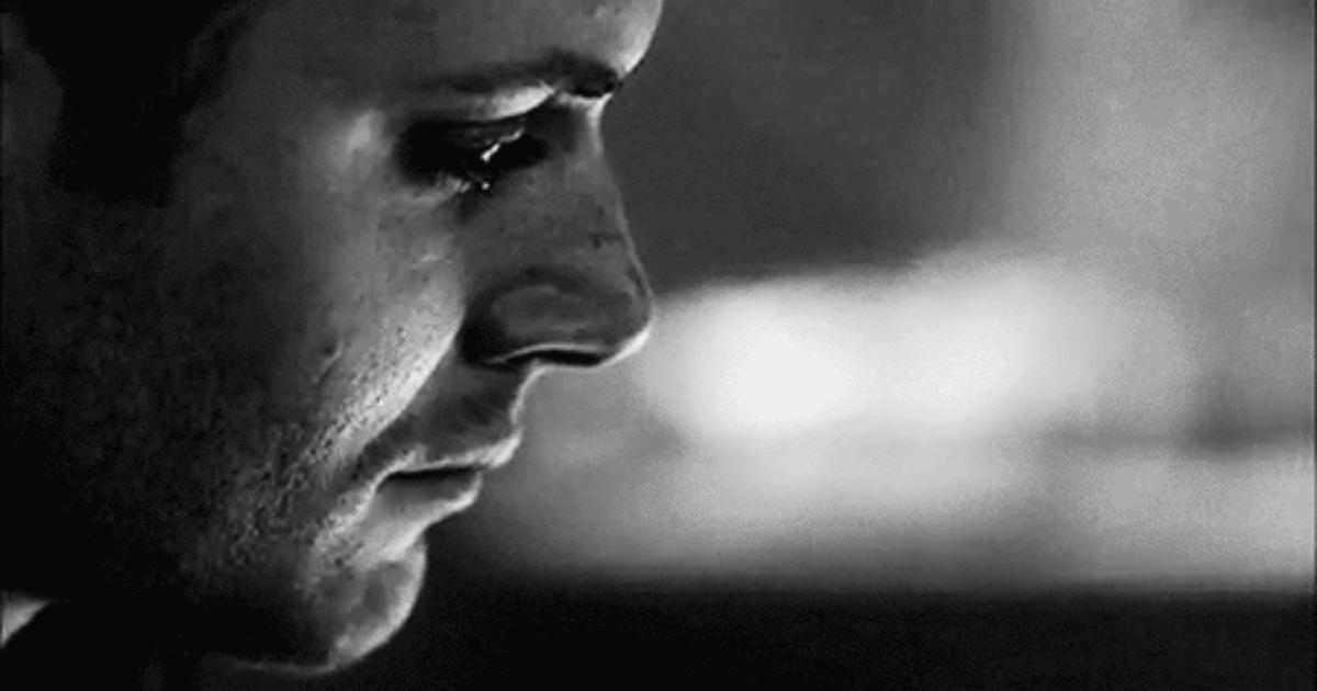 صورة صور رجل يبكي , اصعب صور لحزن الرجال