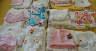 صورة ملابس بيبي , هل جهزتي كل ما يحتاجه طفلك الجديد
