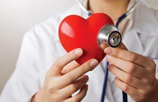 صورة اعراض مرض القلب عند النساء , تعرف على الاعراض لمرض القلب عند النساء