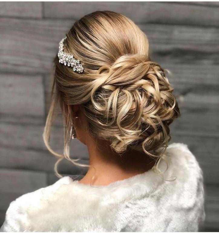 صورة اجمل تسريحات العروس , تسرحات روعة لعرائس 2020 9379 5